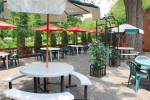 Northwood Inn Patio Garden